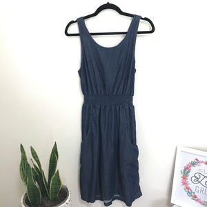 GAP open tie back chambray dress with pockets